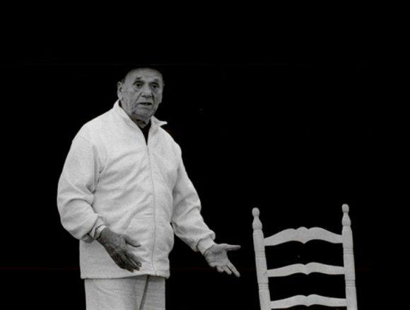ENTREVISTA | CARLO COLOMBAIONI, clown y juglar: «Cuando los comediantes del arte llegaban a un pueblo, no iban con su obra escrita. Se enteraban de lo que pasaba en cada pueblo o ciudad y escribían su trama o canovaccio.»
